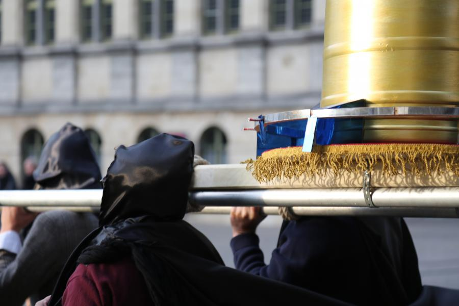 La Procession - © Action Zoo Humain